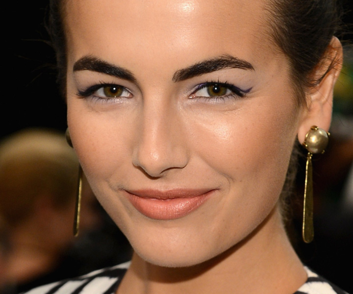 how to make your eyebrows grow in one day