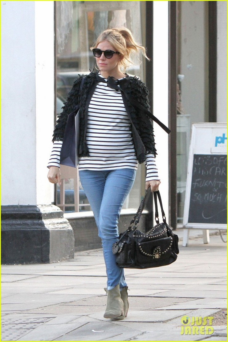 75031, LONDON, UNITED KINGDOM - Tuesday March 20, 2012. A heavily pregnant Sienna Miller is seen filming an advertisement in Primrose Hill, London. Miller is currently expecting her first child with rumored fiance Tom Sturridge. Photograph: © PacificCoastNews.com **FEE MUST BE AGREED PRIOR TO USAGE** **E-TABLET/IPAD & MOBILE PHONE APP PUBLISHING REQUIRES ADDITIONAL FEES**ÊLOS ANGELES OFFICE:1 310 822 0419ÊÊLONDON OFFICE:+44 208 090 4079