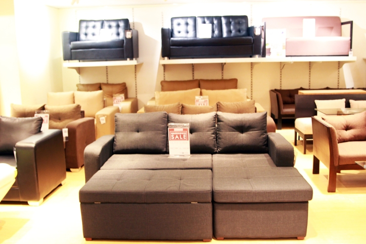 Sm Appliances Sofa